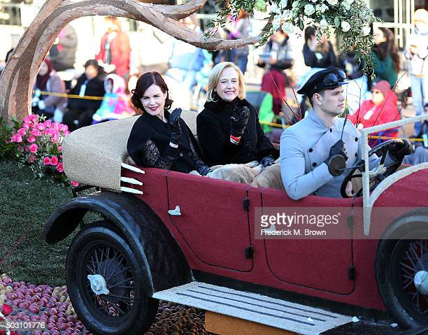 Actress Elizabeth McGovern and Paula Kerger President and CEO oF PBS on the Downton Abbey float winner of the Queen's Award during the 127th...