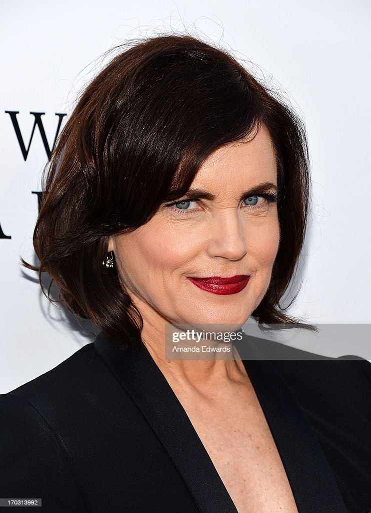 Actress <a gi-track='captionPersonalityLinkClicked' href=/galleries/search?phrase=Elizabeth+McGovern&family=editorial&specificpeople=734460 ng-click='$event.stopPropagation()'>Elizabeth McGovern</a> arrives at the 'Downton Abbey' talent panel Q&A at the Leonard H. Goldenson Theatre on June 10, 2013 in North Hollywood, California.