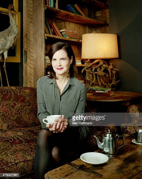 Actress Elizabeth McGovern is photographed for People Magazine on December 15 2011 in New York City PUBLISHED IMAGE