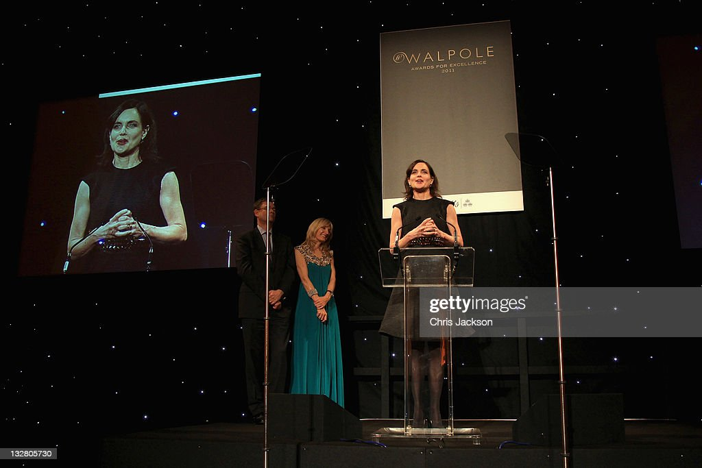 Actress <a gi-track='captionPersonalityLinkClicked' href=/galleries/search?phrase=Elizabeth+McGovern&family=editorial&specificpeople=734460 ng-click='$event.stopPropagation()'>Elizabeth McGovern</a> is pictured at the Walpole Awards of Excellence 2011 at Banqueting House on November 14, 2011 in London, England.