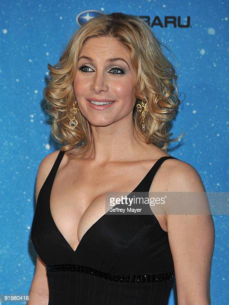 Actress Elizabeth Mitchell arrives at the Spike TV's 'SCREAM 2009' Awards at The Greek Theatre on October 17 2009 in Los Angeles California