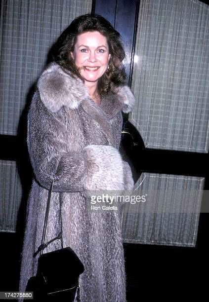 Actress Elizabeth Montgomery on March 16 1980 dines at Mr Chow's Restaurant in Beverly Hills California