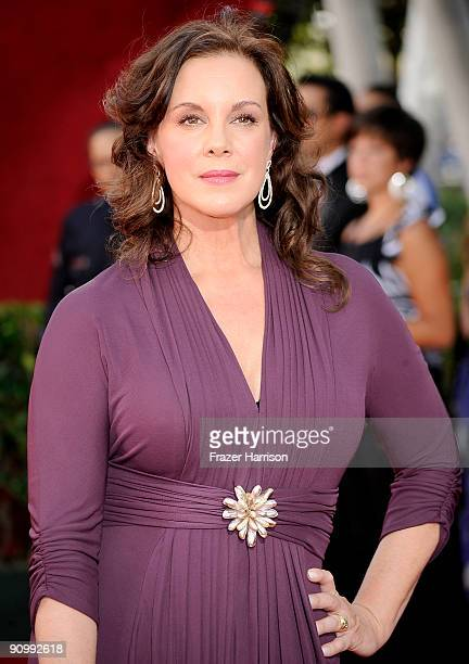 Actress Elizabeth Perkins arrives at the 61st Primetime Emmy Awards held at the Nokia Theatre on September 20 2009 in Los Angeles California