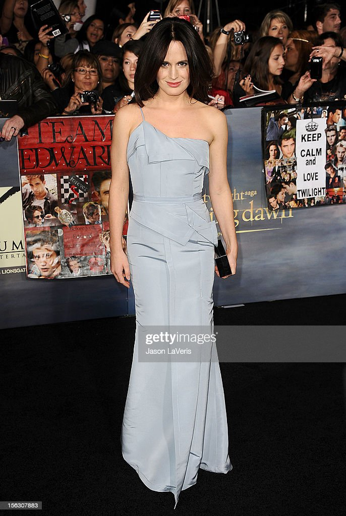 Actress Elizabeth Reaser attends the premiere of 'The Twilight Saga: Breaking Dawn - Part 2' at Nokia Theatre L.A. Live on November 12, 2012 in Los Angeles, California.