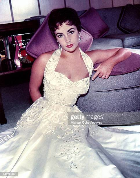 Actress Elizabeth Taylor poses for a portrait session in 1954