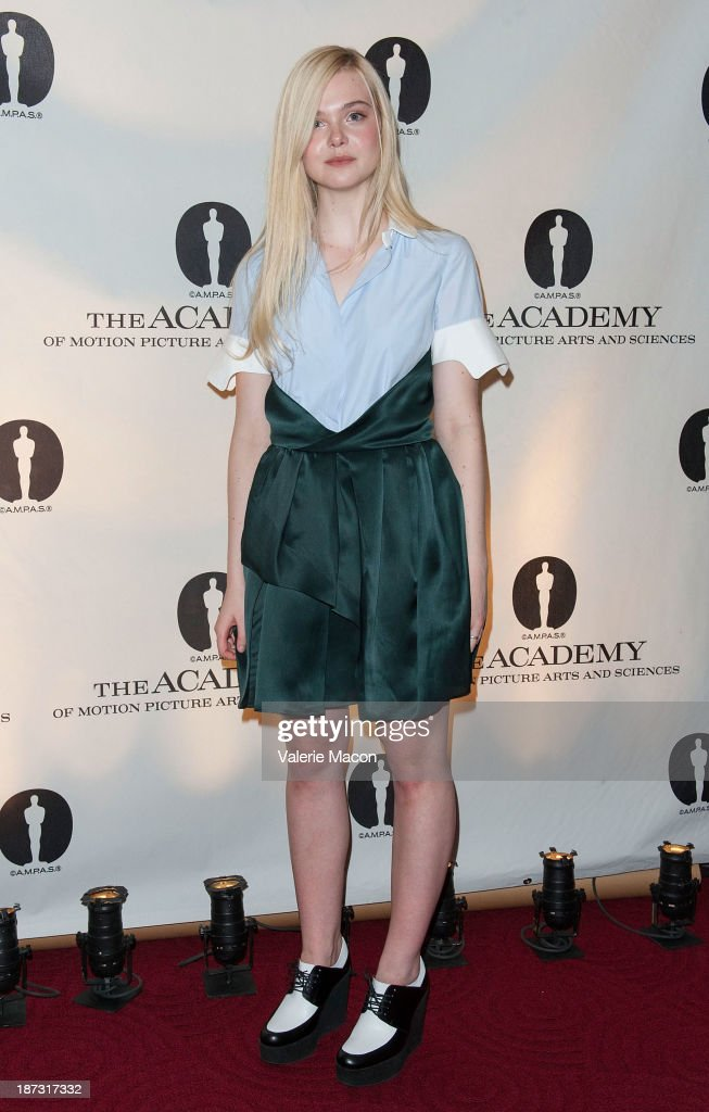 Actress <a gi-track='captionPersonalityLinkClicked' href=/galleries/search?phrase=Elle+Fanning&family=editorial&specificpeople=2189940 ng-click='$event.stopPropagation()'>Elle Fanning</a> attends The Academy Of Motion Picture Arts And Sciences' Hosts The Academy Nicholl Fellowships In Screenwriting Awards at AMPAS Samuel Goldwyn Theater on November 7, 2013 in Beverly Hills, California.