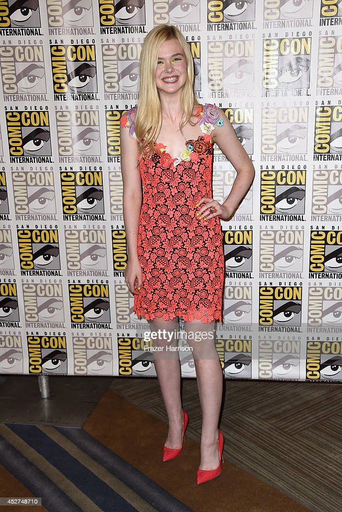 Actress <a gi-track='captionPersonalityLinkClicked' href=/galleries/search?phrase=Elle+Fanning&family=editorial&specificpeople=2189940 ng-click='$event.stopPropagation()'>Elle Fanning</a> attends 'The Boxtrolls' Press Line during Comic-Con International 2014 at Hilton Bayfront on July 26, 2014 in San Diego, California.