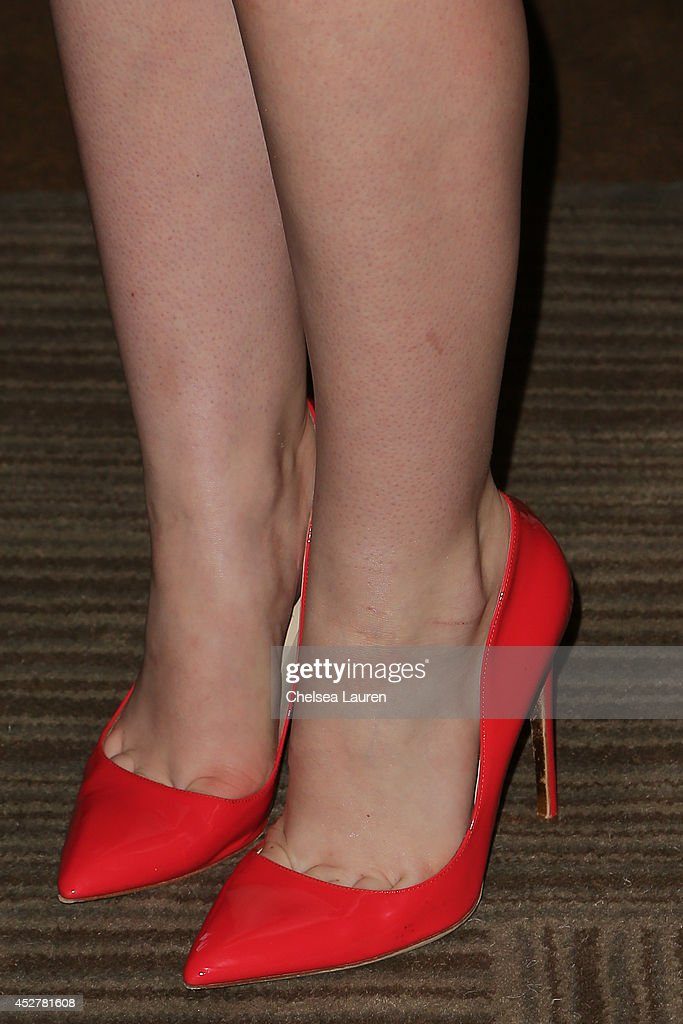 Actress Elle Fanning (fashion detail) attends 'The Boxtrolls' press room at Comic-Con International on July 26, 2014 in San Diego, California.