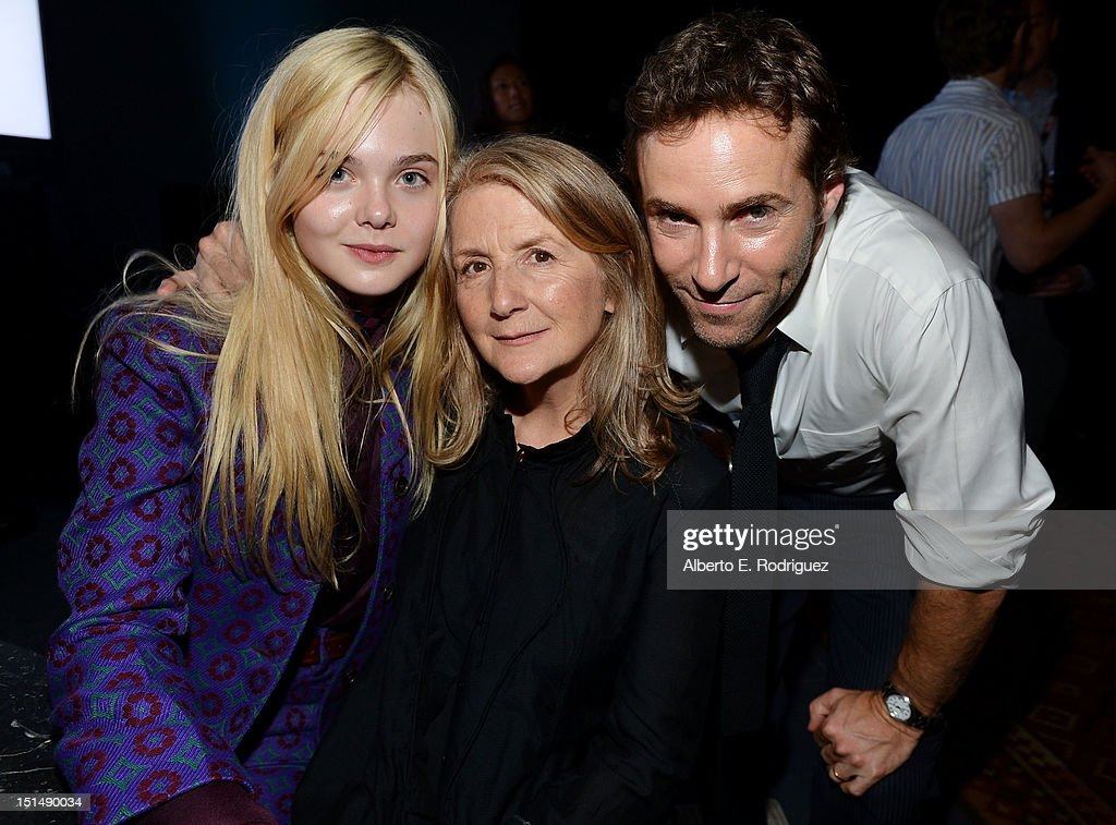Actress <a gi-track='captionPersonalityLinkClicked' href=/galleries/search?phrase=Elle+Fanning&family=editorial&specificpeople=2189940 ng-click='$event.stopPropagation()'>Elle Fanning</a>, Filmmaker <a gi-track='captionPersonalityLinkClicked' href=/galleries/search?phrase=Sally+Potter&family=editorial&specificpeople=212743 ng-click='$event.stopPropagation()'>Sally Potter</a> and Actor <a gi-track='captionPersonalityLinkClicked' href=/galleries/search?phrase=Alessandro+Nivola&family=editorial&specificpeople=240468 ng-click='$event.stopPropagation()'>Alessandro Nivola</a> attend the 'Ginger & Rosa' post premiere reception during 2012 Toronto International Film Festival held at the AMC Storys on September 7, 2012 in Toronto, Canada.