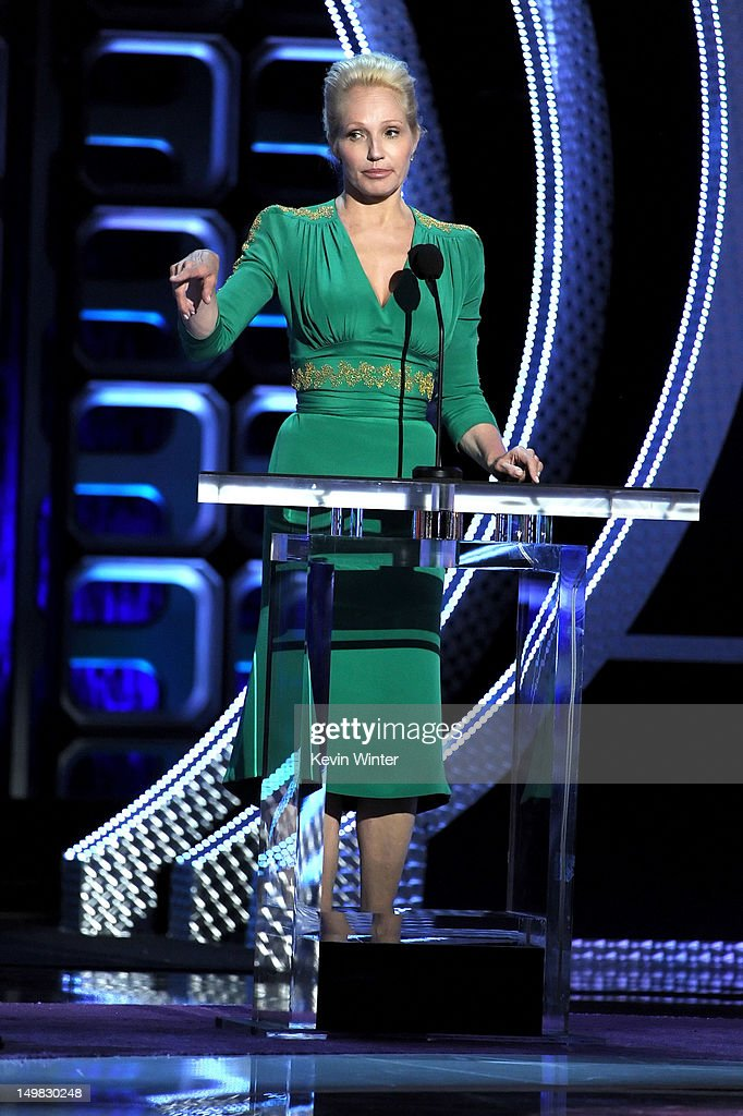 Actress Ellen Barkin speaks onstage during the Comedy Central Roast of Roseanne Barr at Hollywood Palladium on August 4, 2012 in Hollywood, California.