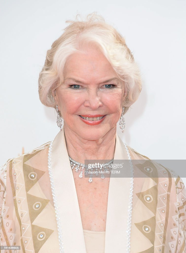 Actress Ellen Burstyn arrives at the 65th Annual Primetime Emmy Awards held at Nokia Theatre L.A. Live on September 22, 2013 in Los Angeles, California.