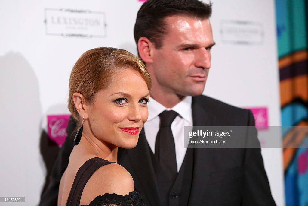 Actress <a gi-track='captionPersonalityLinkClicked' href=/galleries/search?phrase=Ellen+Hollman&family=editorial&specificpeople=5295263 ng-click='$event.stopPropagation()'>Ellen Hollman</a> (L) and actor/stuntman Stephen Dunlevy attend the Fire & Ice Gala Benefiting Fresh2o at Lexington Social House on March 28, 2013 in Hollywood, California.