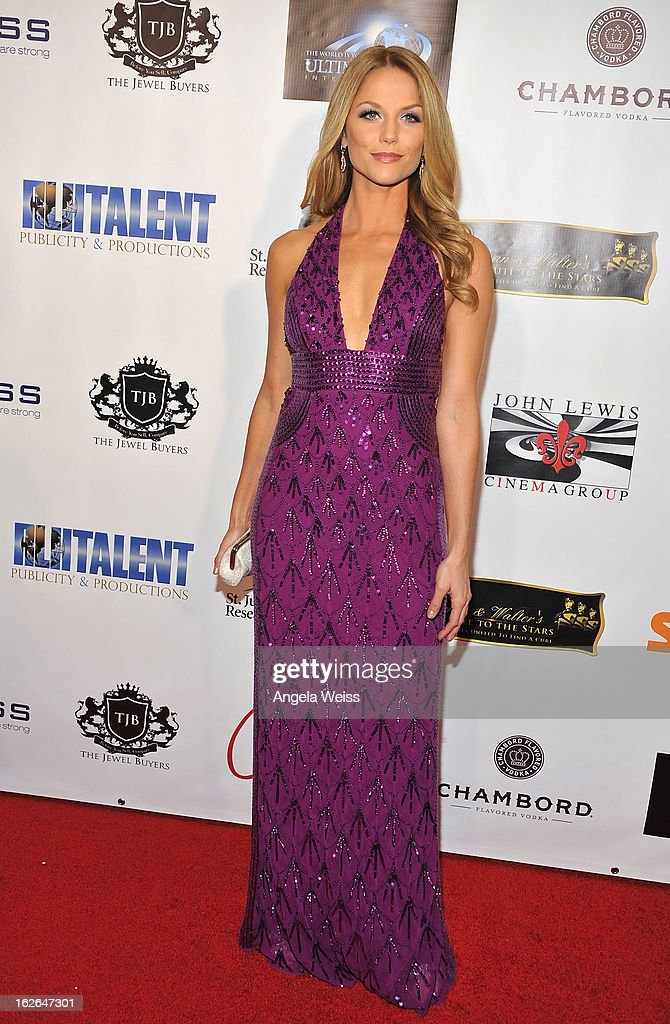 Actress <a gi-track='captionPersonalityLinkClicked' href=/galleries/search?phrase=Ellen+Hollman&family=editorial&specificpeople=5295263 ng-click='$event.stopPropagation()'>Ellen Hollman</a> attends Hellman & Walter's 'Salute To The Stars' Oscar after party at Andaz on February 24, 2013 in West Hollywood, California.