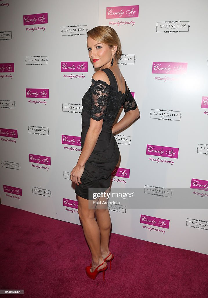 Actress Ellen Hollman attends the Fire & Ice Gala Benefiting Fresh2o at the Lexington Social House on March 28, 2013 in Hollywood, California.