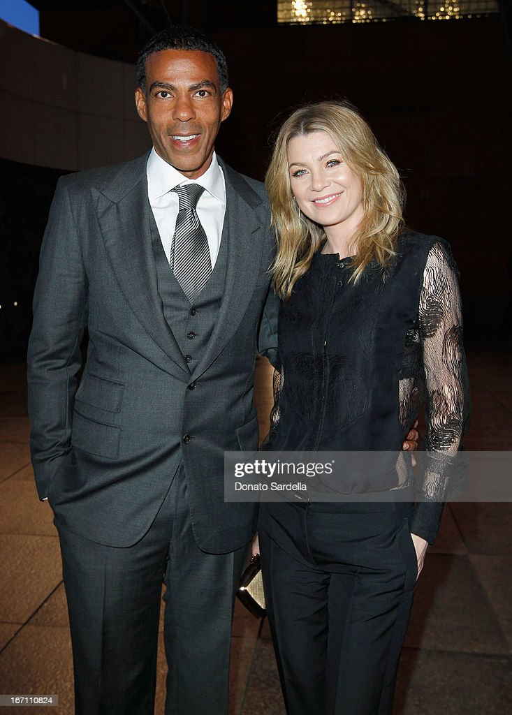 """Actress <a gi-track='captionPersonalityLinkClicked' href=/galleries/search?phrase=Ellen+Pompeo&family=editorial&specificpeople=240269 ng-click='$event.stopPropagation()'>Ellen Pompeo</a> (R) and husband <a gi-track='captionPersonalityLinkClicked' href=/galleries/search?phrase=Chris+Ivery&family=editorial&specificpeople=4109706 ng-click='$event.stopPropagation()'>Chris Ivery</a> attend """"Yesssss!"""" MOCA Gala 2013, Celebrating the Opening of the Exhibition Urs Fischer, at MOCA Grand Avenue and The Geffen Contemporary on April 20, 2013 in Los Angeles, California."""