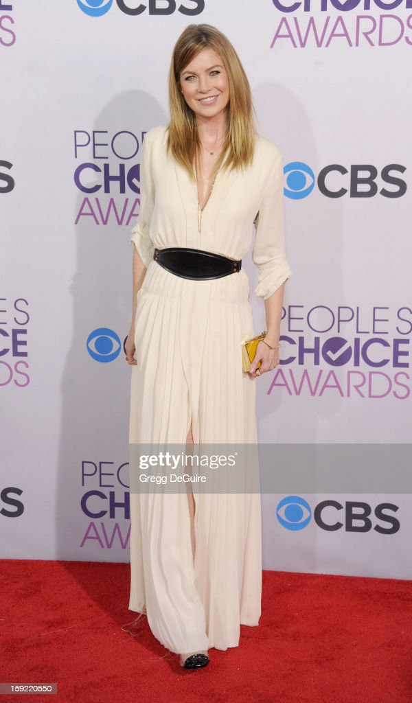 Actress Ellen Pompeo arrives at the 2013 People's Choice Awards at Nokia Theatre L.A. Live on January 9, 2013 in Los Angeles, California.
