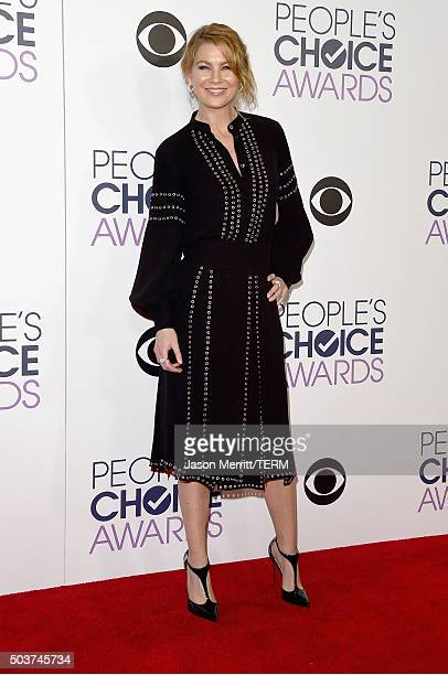 Actress Ellen Pompeo poses in the press room during the People's Choice Awards 2016 at Microsoft Theater on January 6 2016 in Los Angeles California