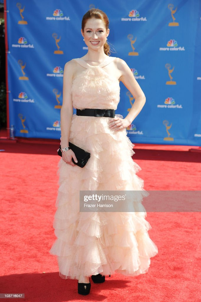 Actress Ellie Kemper arrives at the 62nd Annual Primetime Emmy Awards held at the Nokia Theatre L.A. Live on August 29, 2010 in Los Angeles, California.