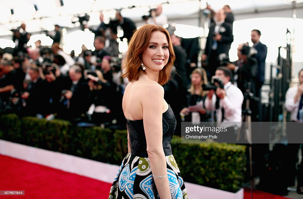 Actress <a gi-track='captionPersonalityLinkClicked' href=/galleries/search?phrase=Ellie+Kemper&family=editorial&specificpeople=6123842 ng-click='$event.stopPropagation()'>Ellie Kemper</a> attends The 22nd Annual Screen Actors Guild Awards at The Shrine Auditorium on January 30, 2016 in Los Angeles, California. 25650_018