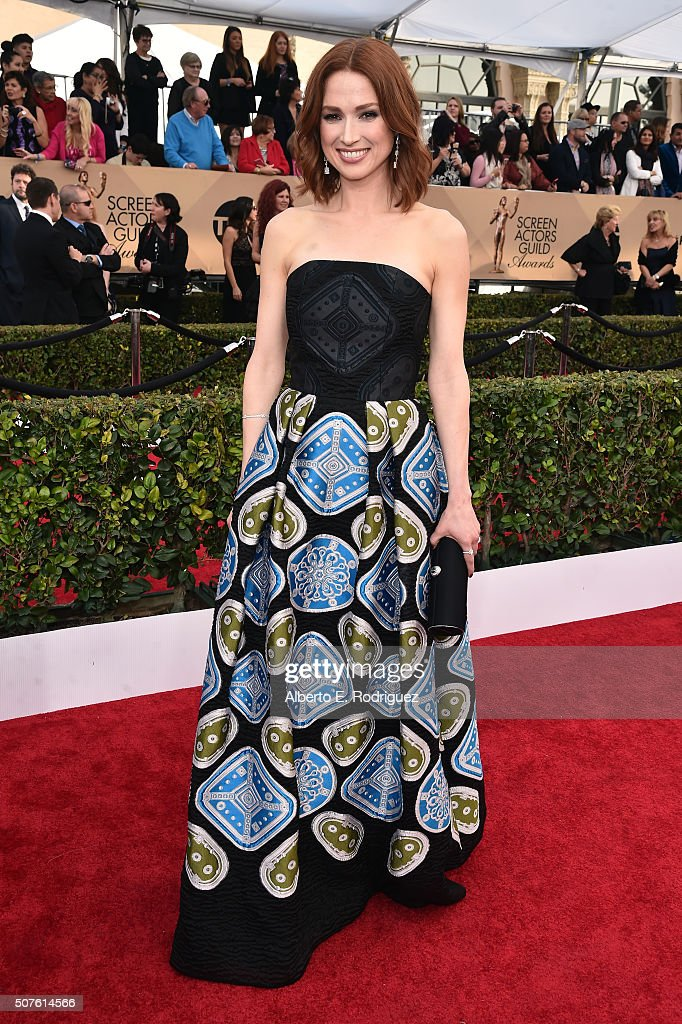 Actress <a gi-track='captionPersonalityLinkClicked' href=/galleries/search?phrase=Ellie+Kemper&family=editorial&specificpeople=6123842 ng-click='$event.stopPropagation()'>Ellie Kemper</a> attends the 22nd Annual Screen Actors Guild Awards at The Shrine Auditorium on January 30, 2016 in Los Angeles, California.