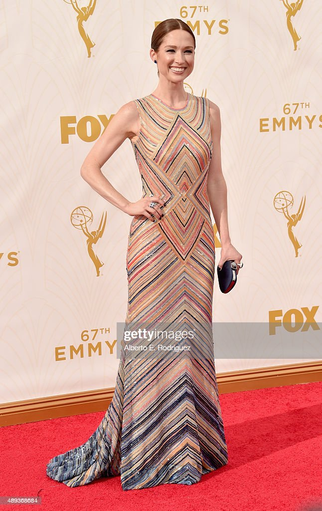 Actress Ellie Kemper attends the 67th Emmy Awards at Microsoft Theater on September 20 2015 in Los Angeles California 25720_001
