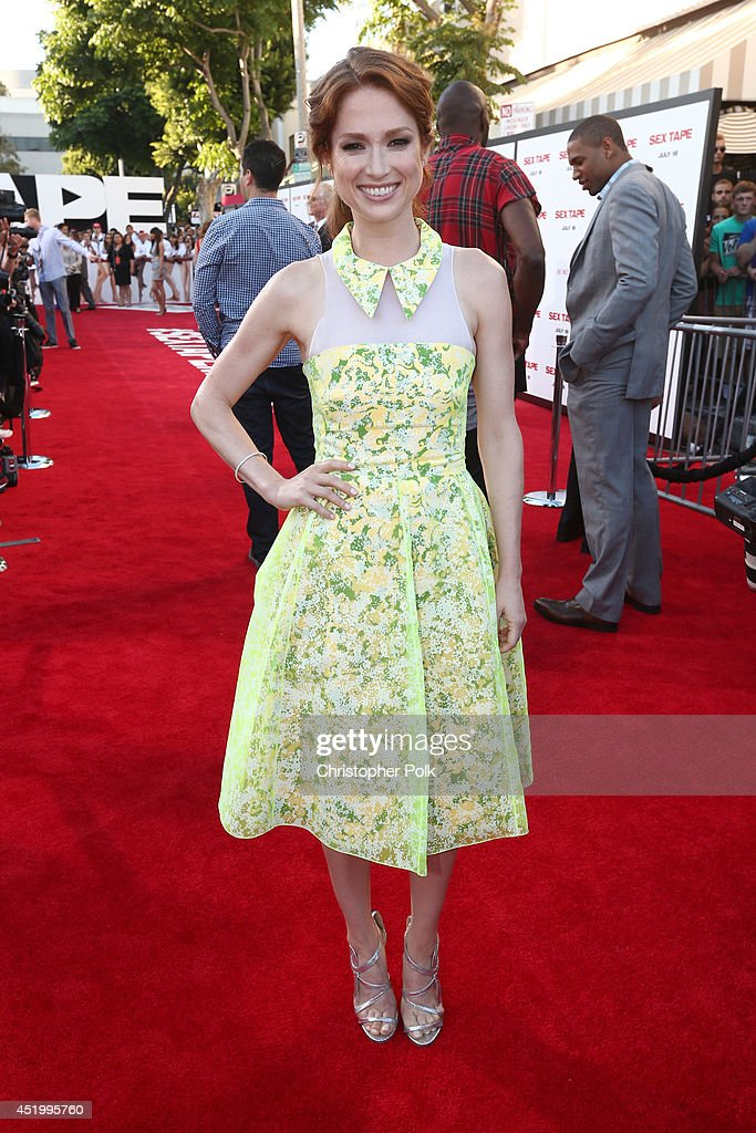 Actress <a gi-track='captionPersonalityLinkClicked' href=/galleries/search?phrase=Ellie+Kemper&family=editorial&specificpeople=6123842 ng-click='$event.stopPropagation()'>Ellie Kemper</a> attends the premiere of Columbia Pictures' 'Sex Tape' at Regency Village Theatre on July 10, 2014 in Westwood, California.