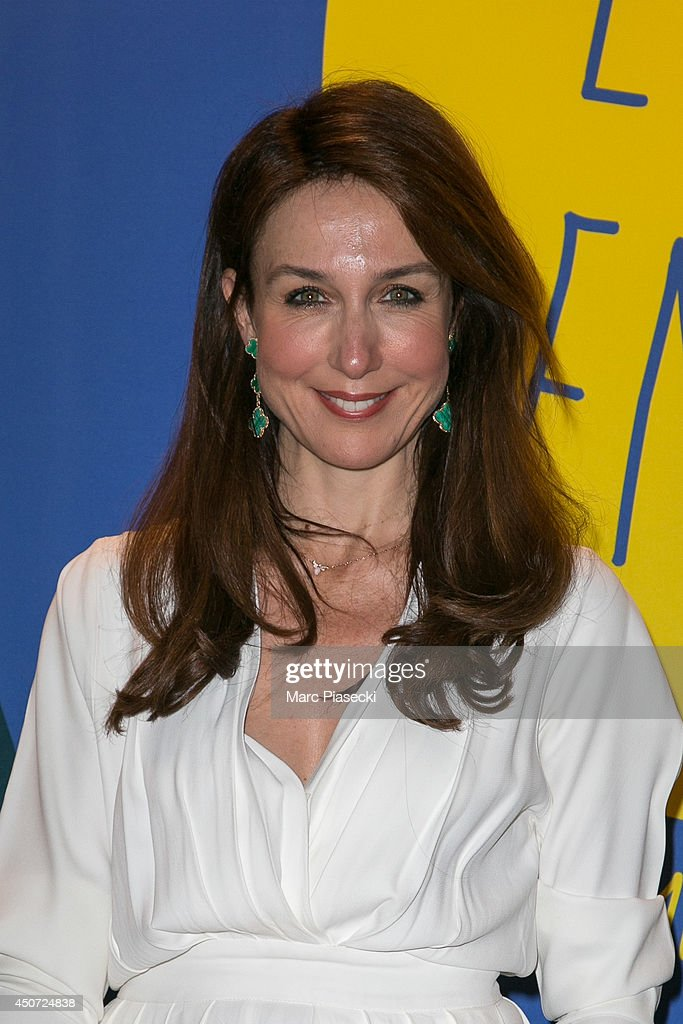 Actress Elsa Zylberstein attends the 'Panorama des Nuits en or' gala dinner UNESCO on June 16, 2014 in Paris, France.