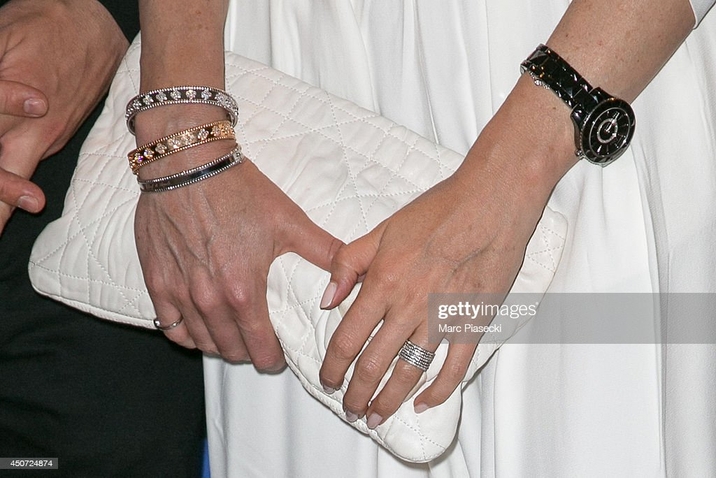 Actress Elsa Zylberstein (clutch bag detail) attends the 'Panorama des Nuits en or' gala dinner UNESCO on June 16, 2014 in Paris, France.