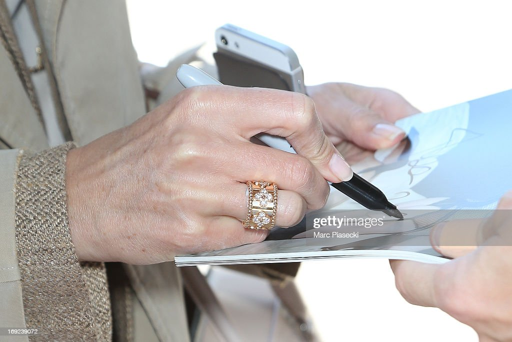 Actress <a gi-track='captionPersonalityLinkClicked' href=/galleries/search?phrase=Elsa+Zylberstein&family=editorial&specificpeople=213054 ng-click='$event.stopPropagation()'>Elsa Zylberstein</a> (ring detail) is seen at Nice airport during the 66th Annual Cannes Film Festival on May 22, 2013 in Nice, France.