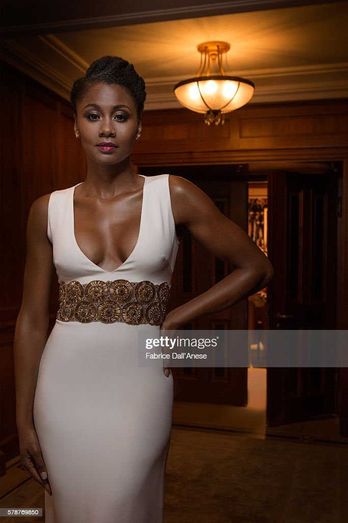 emayatzy corinealdi photos