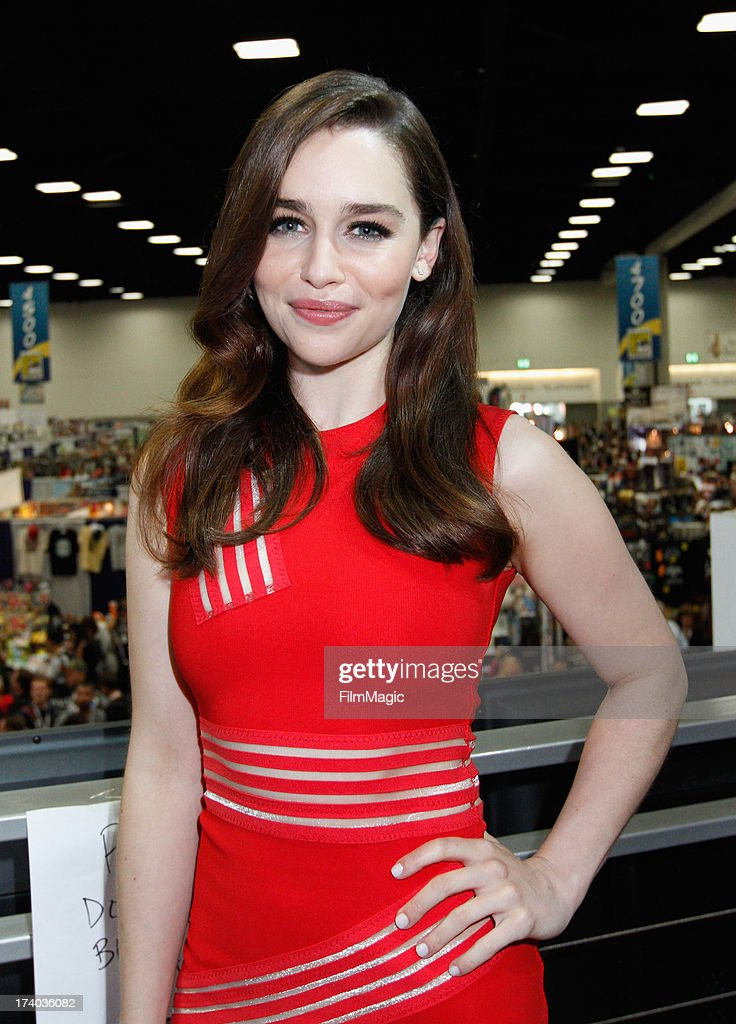 Actress <a gi-track='captionPersonalityLinkClicked' href=/galleries/search?phrase=Emilia+Clarke&family=editorial&specificpeople=7426687 ng-click='$event.stopPropagation()'>Emilia Clarke</a> attends HBO's 'Game Of Thrones' cast autograph signing at San Diego Convention Center on July 19, 2013 in San Diego, California.