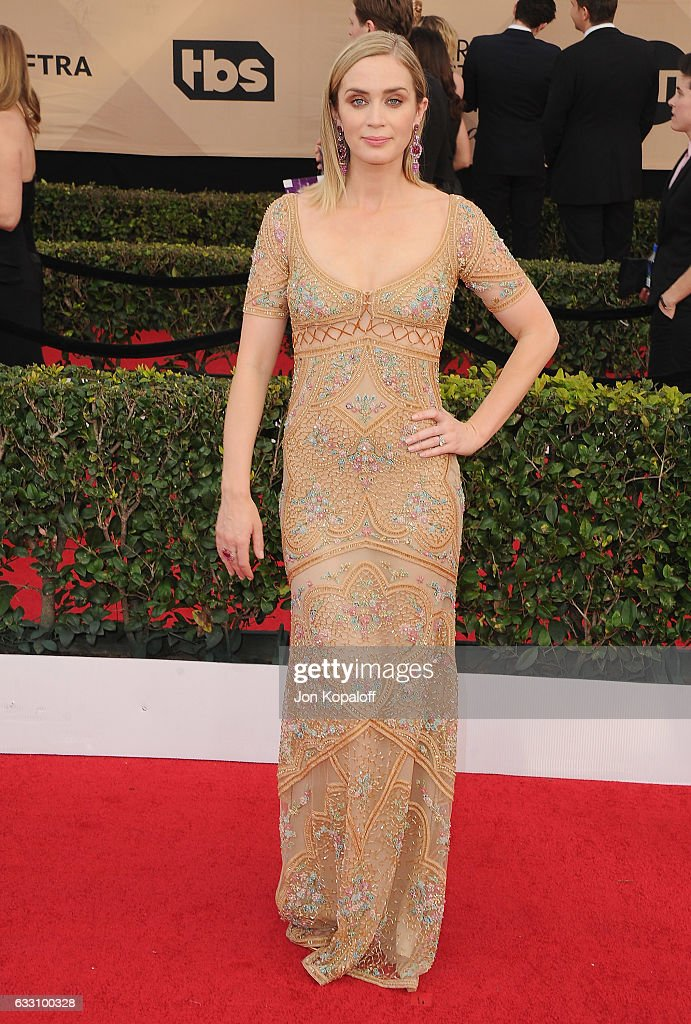Actress Emily Blunt arrives at the 23rd Annual Screen Actors Guild Awards at The Shrine Expo Hall on January 29, 2017 in Los Angeles, California.