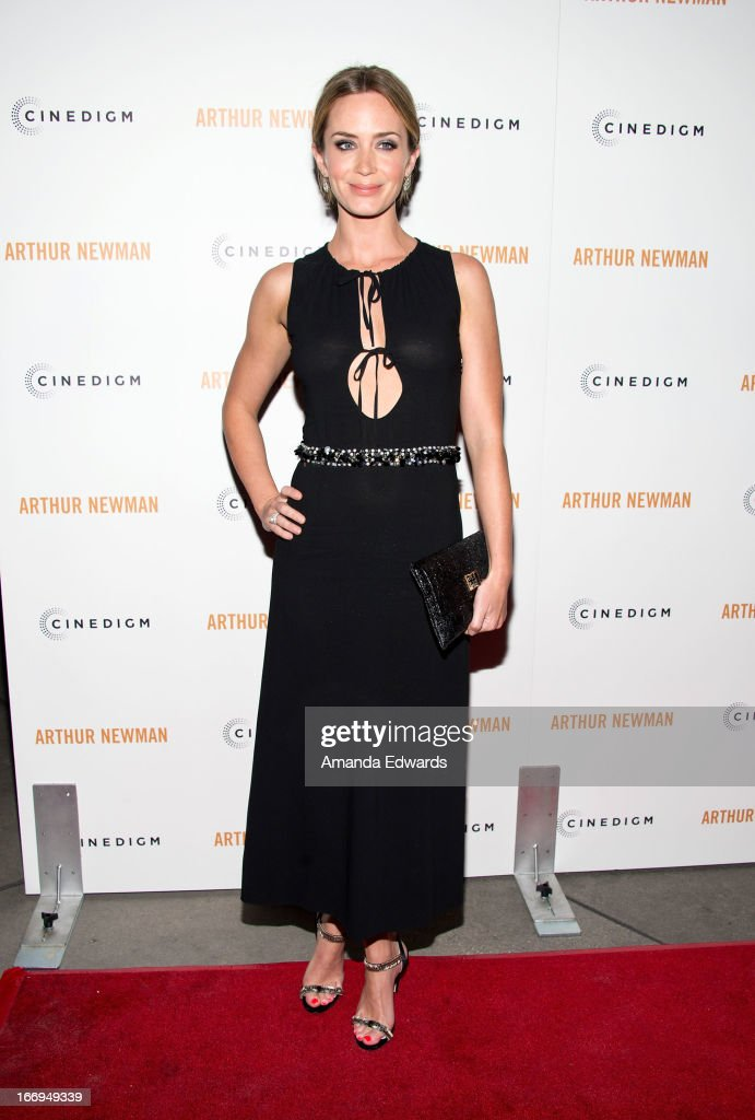 Actress <a gi-track='captionPersonalityLinkClicked' href=/galleries/search?phrase=Emily+Blunt&family=editorial&specificpeople=213480 ng-click='$event.stopPropagation()'>Emily Blunt</a> arrives at the Los Angeles premiere of 'Arthur Newman' at ArcLight Hollywood on April 18, 2013 in Hollywood, California.