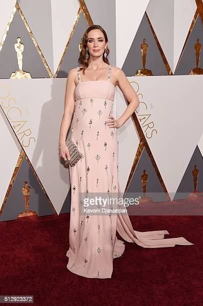 Actress Emily Blunt attends the 88th Annual Academy Awards at Hollywood Highland Center on February 28 2016 in Hollywood California