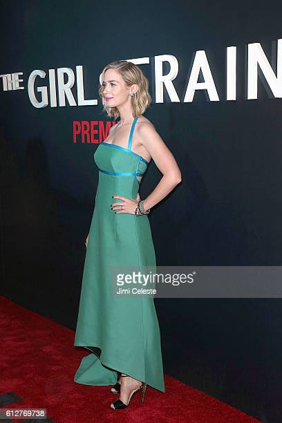 Actress Emily Blunt attends 'The Girl on the Train' premiere at Regal EWalk on October 4 2016 in New York City