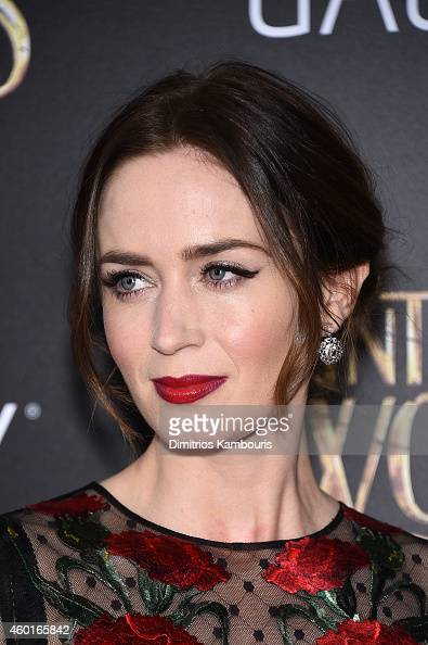 Actress Emily Blunt attends the 'Into The Woods' World Premiere at Ziegfeld Theater on December 8 2014 in New York City