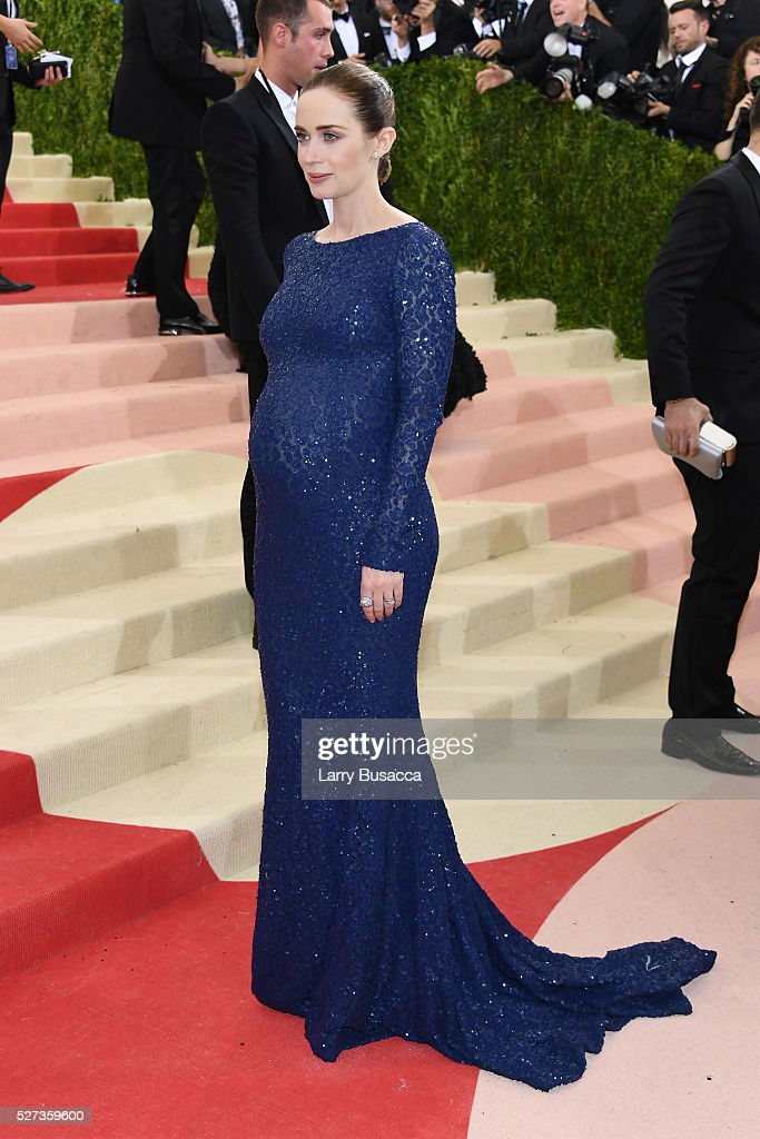 Actress Emily Blunt attends the 'Manus x Machina: Fashion In An Age Of Technology' Costume Institute Gala at Metropolitan Museum of Art on May 2, 2016 in New York City.