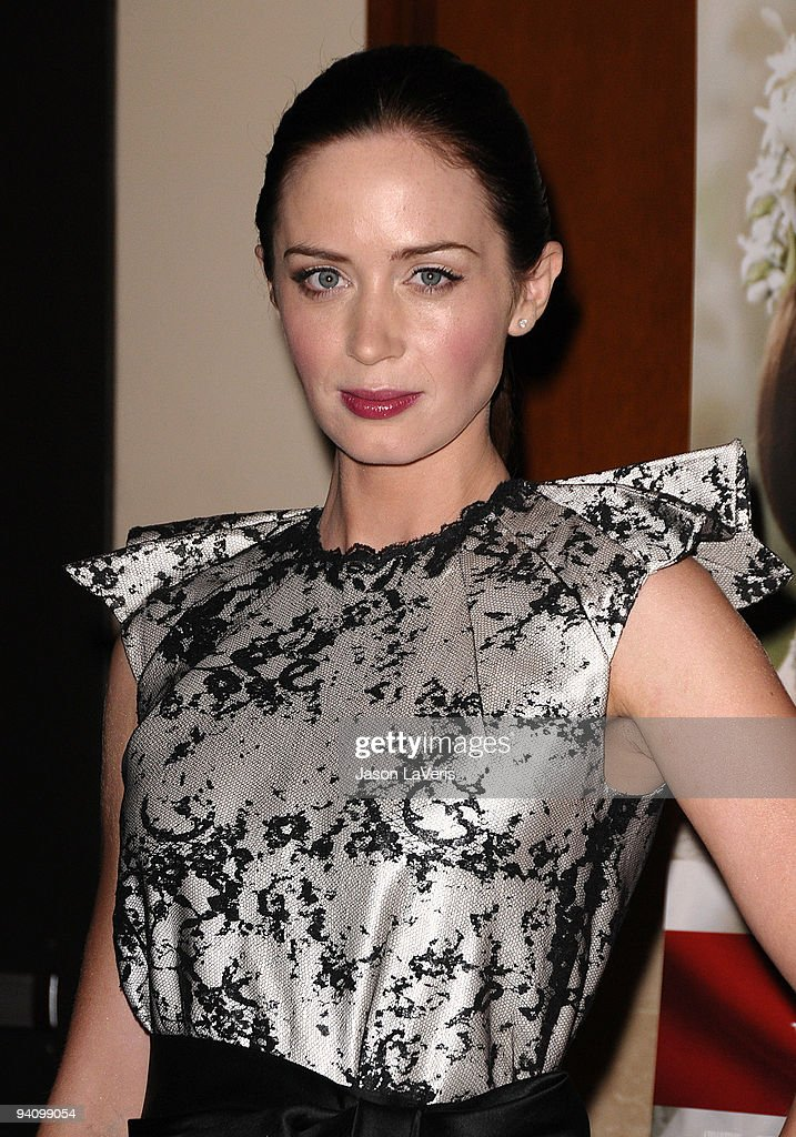 Actress Emily Blunt attends the premiere of 'The Young Victoria' at Pacific Theatre at The Grove on December 3, 2009 in Los Angeles, California.