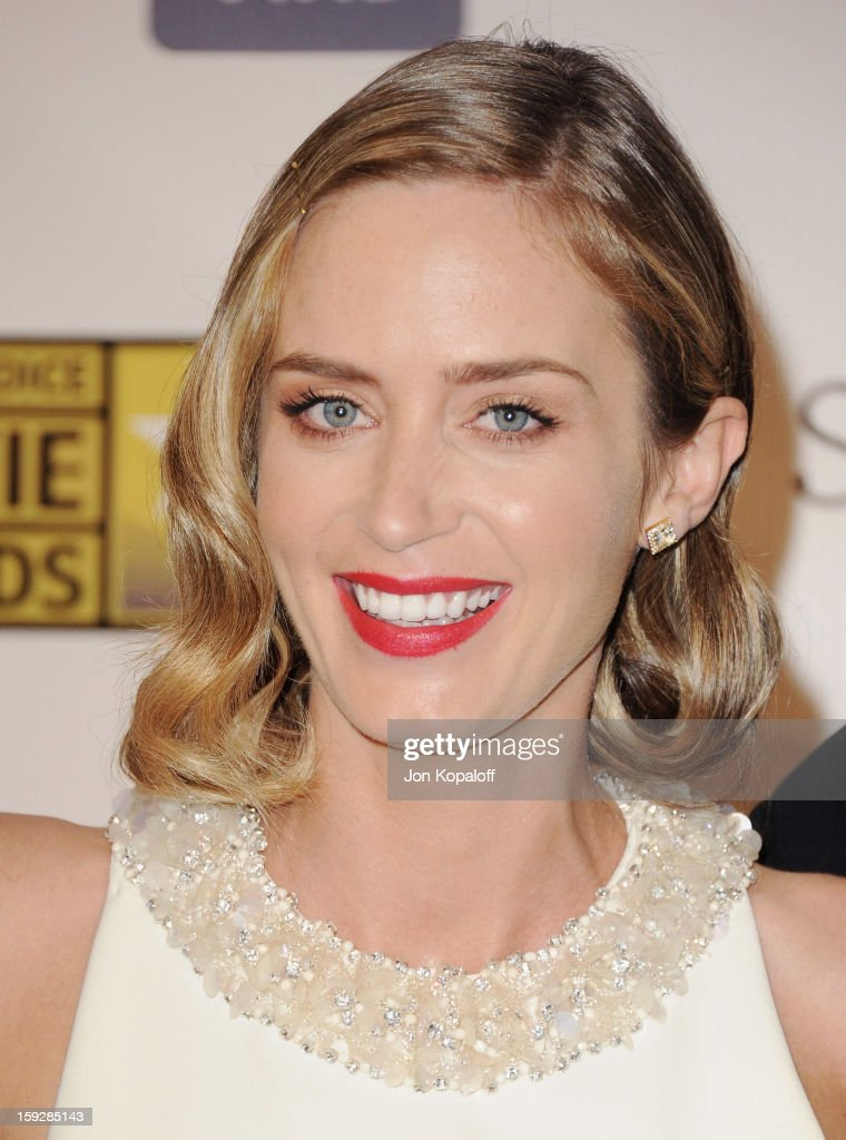 Actress <a gi-track='captionPersonalityLinkClicked' href=/galleries/search?phrase=Emily+Blunt&family=editorial&specificpeople=213480 ng-click='$event.stopPropagation()'>Emily Blunt</a> poses in the press room at the 18th Annual Critics' Choice Movie Awards at Barker Hangar on January 10, 2013 in Santa Monica, California.