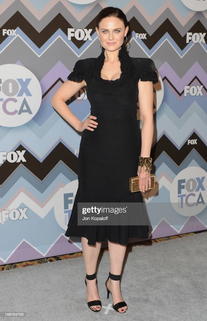Actress <a gi-track='captionPersonalityLinkClicked' href=/galleries/search?phrase=Emily+Deschanel&family=editorial&specificpeople=240264 ng-click='$event.stopPropagation()'>Emily Deschanel</a> arrives at the 2013 Winter TCA FOX All-Star Party at The Langham Huntington Hotel and Spa on January 8, 2013 in Pasadena, California.