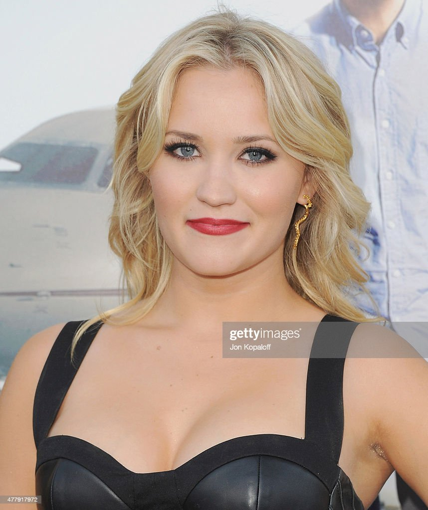 Actress Emily Osment arrives at the Los Angeles Premiere 'Entourage' at Regency Village Theatre on June 1, 2015 in Westwood, California.