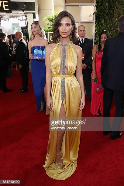 Actress Emily Ratajkowski at the 74th annual Golden Globe Awards sponsored by FIJI Water at The Beverly Hilton Hotel on January 8 2017 in Beverly...