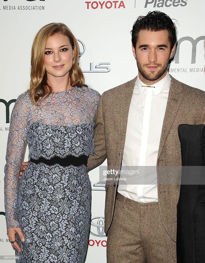 Actress Emily VanCamp and actor Josh Bowman attend the 2014 Environmental Media Awards at Warner Bros. Studios on October 18, 2014 in Burbank, California.