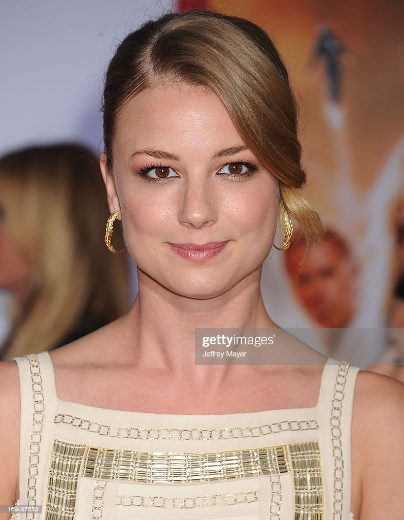 Actress <a gi-track='captionPersonalityLinkClicked' href=/galleries/search?phrase=Emily+VanCamp&family=editorial&specificpeople=574784 ng-click='$event.stopPropagation()'>Emily VanCamp</a> arrives at the Los Angeles Premiere of 'Iron Man 3' at the El Capitan Theatre on April 24, 2013 in Hollywood, California.