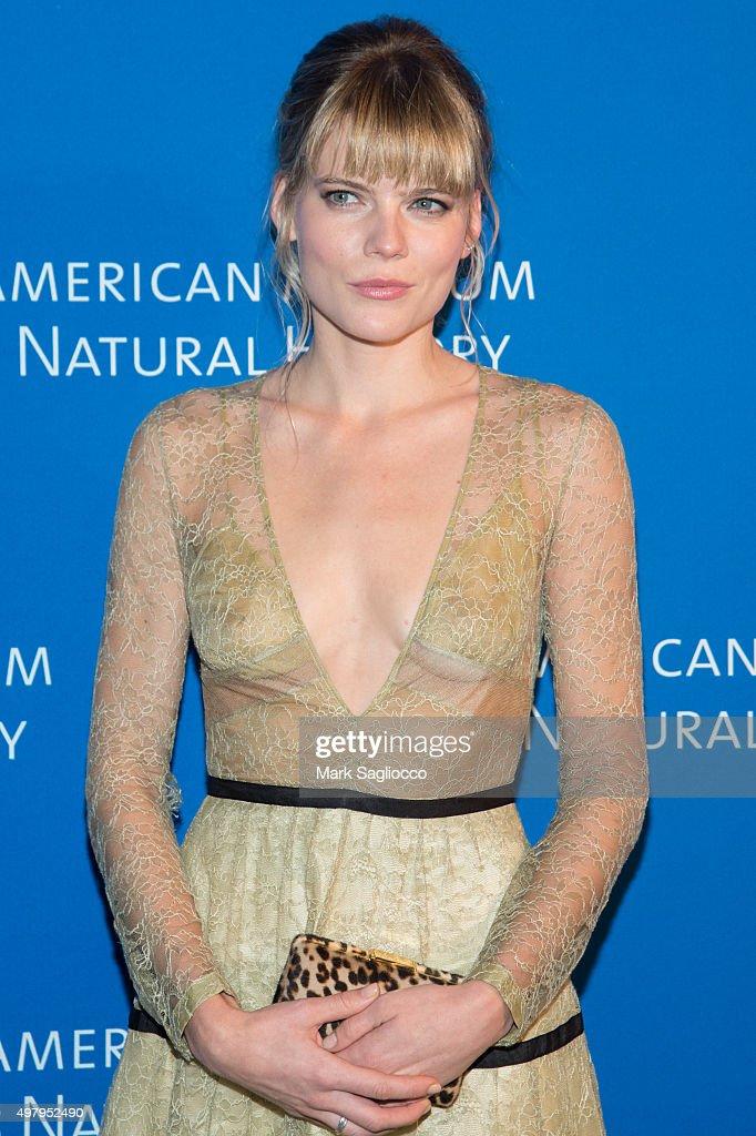 Actress Emma Gr... Emma Greenwell