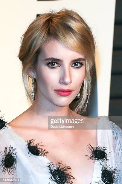 Actress Emma Roberts arrives at the 2016 Vanity Fair Oscar Party Hosted by Graydon Carter at the Wallis Annenberg Center for the Performing Arts on...
