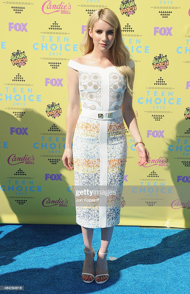 Actress Emma Roberts arrives at the Teen Choice Awards 2015 at Galen Center on August 16, 2015 in Los Angeles, California.