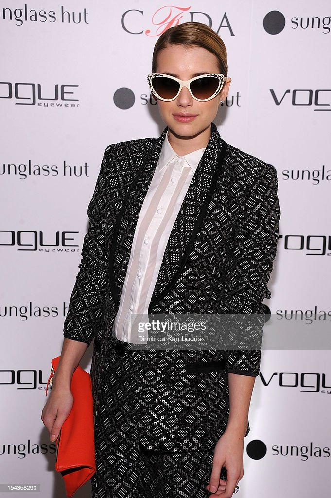 Actress <a gi-track='captionPersonalityLinkClicked' href=/galleries/search?phrase=Emma+Roberts&family=editorial&specificpeople=226535 ng-click='$event.stopPropagation()'>Emma Roberts</a> attends the Sunglass Hut CFDA event on October 18, 2012 in New York City.
