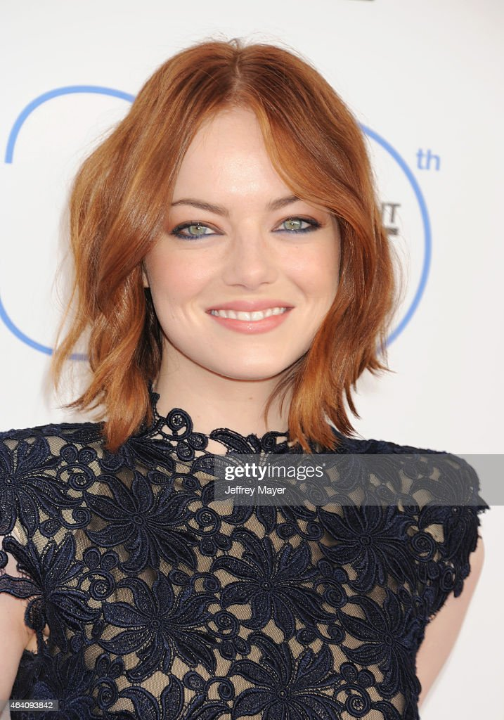 Actress <a gi-track='captionPersonalityLinkClicked' href=/galleries/search?phrase=Emma+Stone&family=editorial&specificpeople=672023 ng-click='$event.stopPropagation()'>Emma Stone</a> arrives at the 2015 Film Independent Spirit Awards on February 21, 2015 in Santa Monica, California.