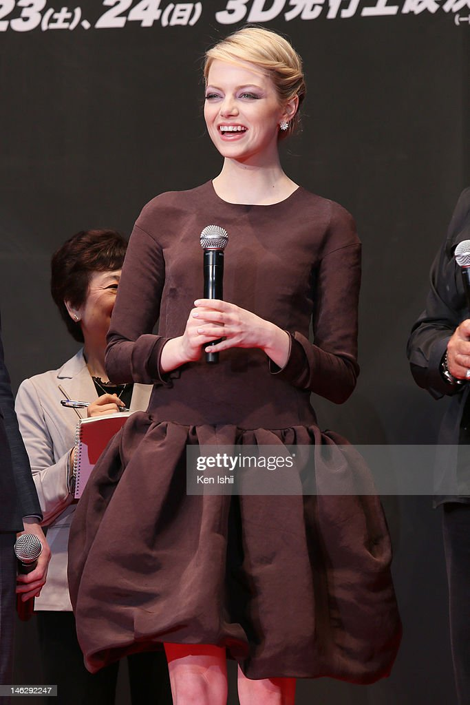 Actress <a gi-track='captionPersonalityLinkClicked' href=/galleries/search?phrase=Emma+Stone&family=editorial&specificpeople=672023 ng-click='$event.stopPropagation()'>Emma Stone</a> attends the world Premiere of 'The Amazing Spider-Man' at Roppongi Hills on June 13, 2012 in Tokyo, Japan. The film will open on June 30 in Japan.